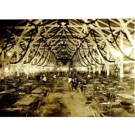 1922: Festhalle Schottenhamel innen (c)Schottenhamel Familienfotoarchiv